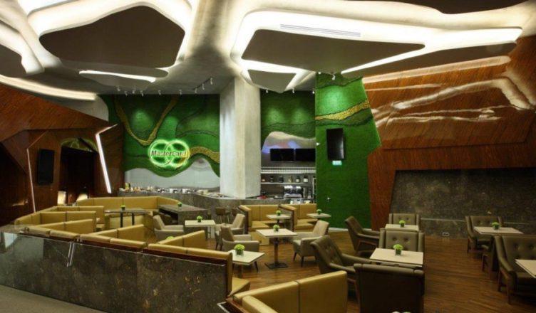 Бизнес-зал Мастеркард расположен в терминале Е на третьем этаже