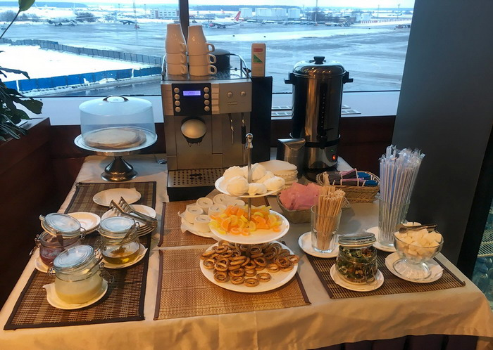 Шведский стол доступен гостям круглосуточно 7 дней в неделю