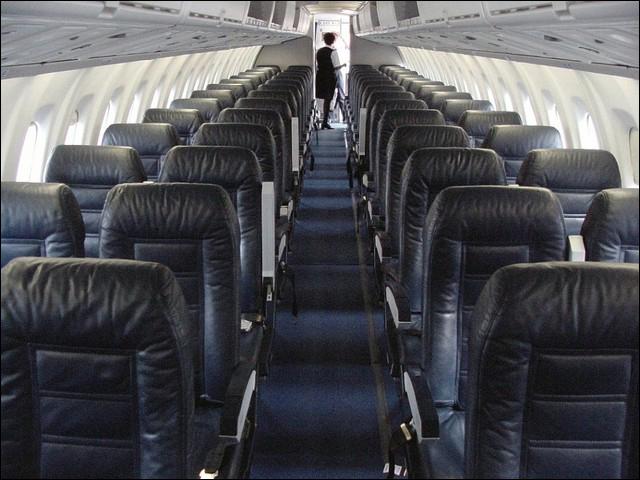 Салон самолета выглядит вполне достойно