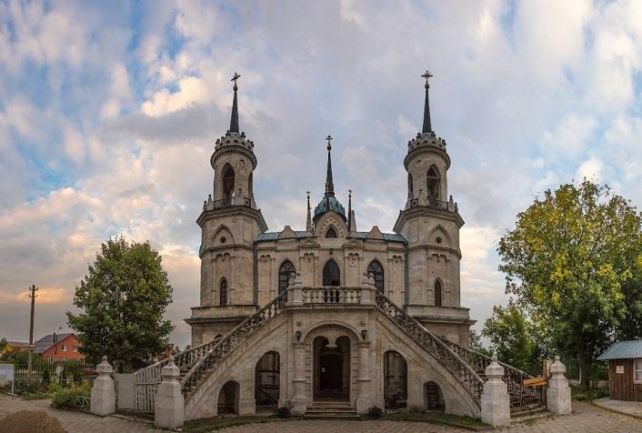 Фасад храма Владимирской Иконы Божьей матери