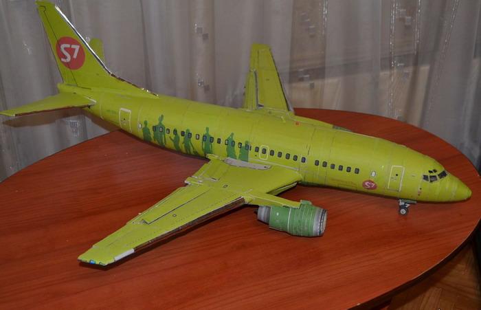 Модель самолета S7