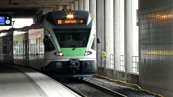 Поезд Ring Rail Line – один из лучших способов попасть в аэропорт Хельсинки