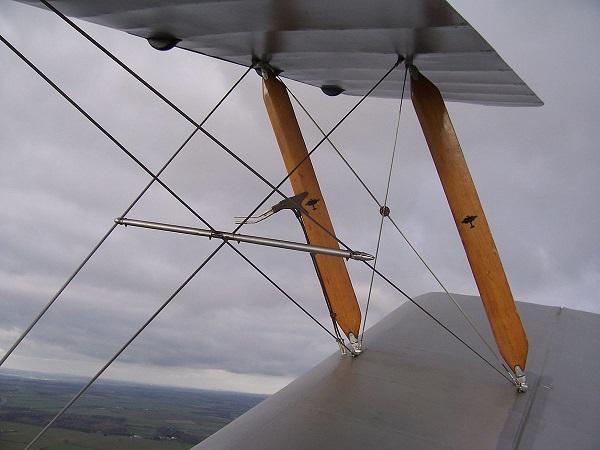 Расчалка на крыльях АН-2