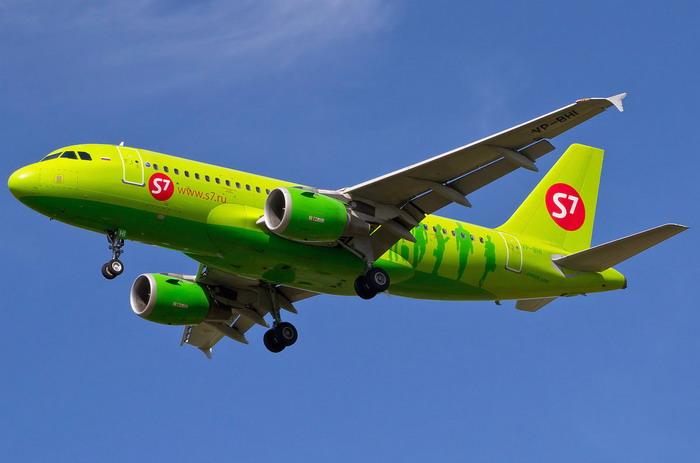 Самолет Airbus 319 авиакомпании S7 Airlines