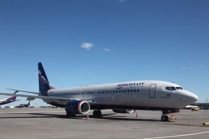 Самолет с аэрофлотовской символикой