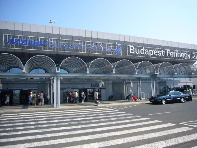Аэропорт Будапешта ежедневно принимает сотни рейсов