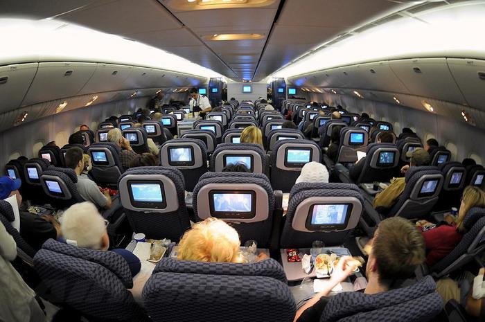 Летать в эконом-классе этого трансконтинентального лайнера вполне комфортно